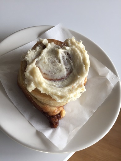 Cinnamon roll at Rosycakes